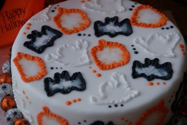 halloween cake 159