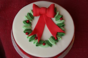 Christmas Cake Decoration Holly : Stars and Sparkle Christmas Tree Cake Baking, Recipes ...