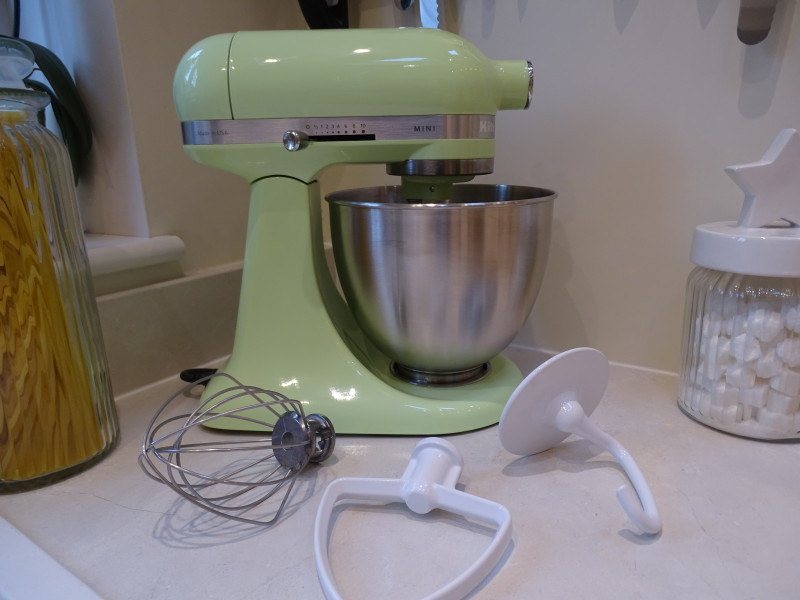 kitchenaid mini stand mixer review giveaway baking recipes and tutorials the pink whisk. Black Bedroom Furniture Sets. Home Design Ideas